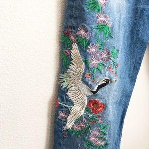 Zara raw hem slim boyfriend embroidered jeans 10.